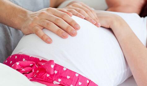 在试管婴儿备孕期间,丈夫应该怎样做