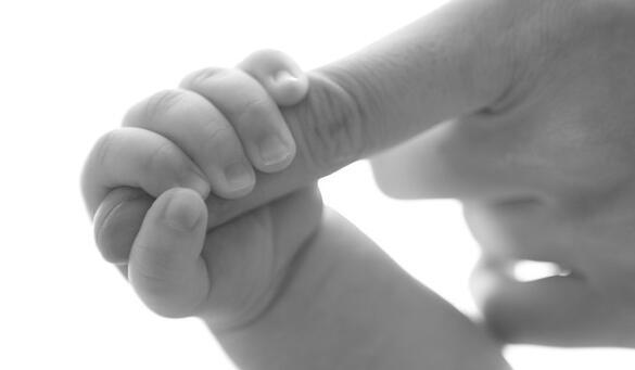 试管婴儿百科说明:试管婴儿双胞胎会撑破子宫吗